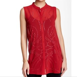 🌼Vertigo Red studded sleeveless blouse